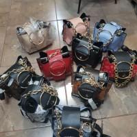 Спортно-елегантна дамска чанта в различни цветове - ИЗЧЕРПАН!